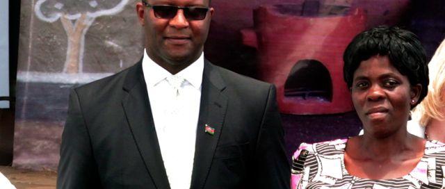 Hon Muluzi presents Mirriam Phiri Annual Award to best producer Mrs.Efy Sambani.